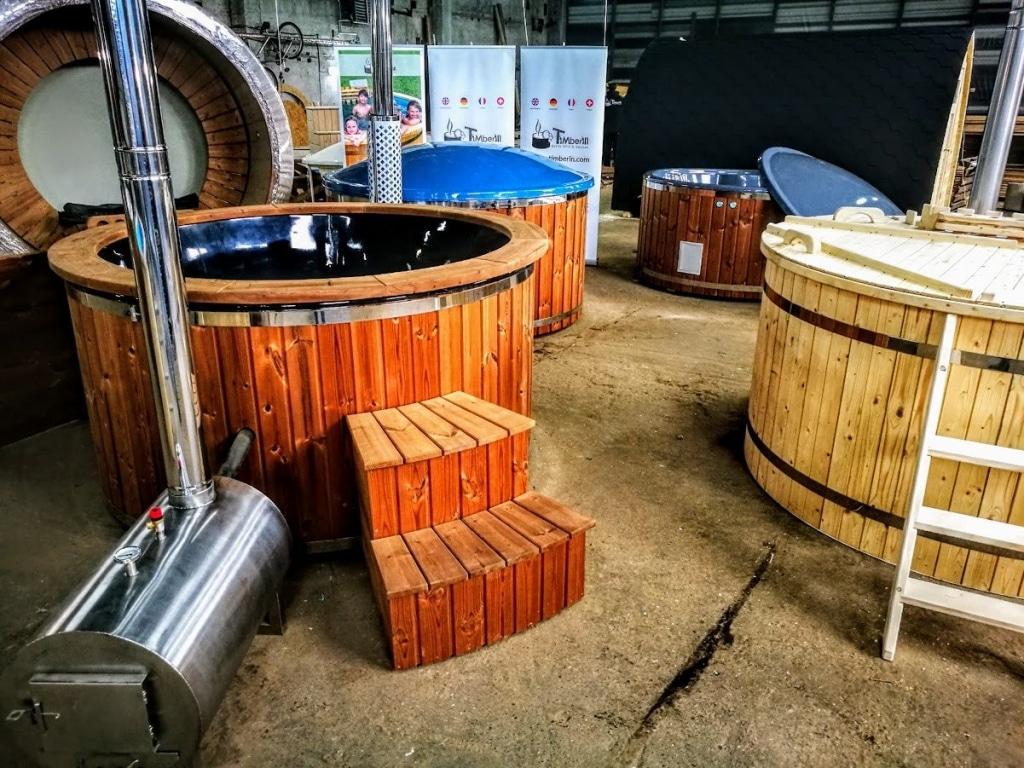 Le bain nordique en thermo bois avec poêle à bois extérieur